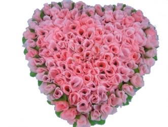 101 Pink Roses In A Heart Shape