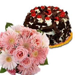 12 Pink Flowers with Black Forest Treat