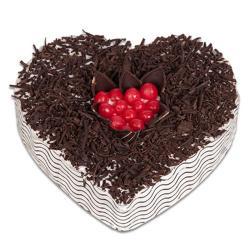 2 Kg Heart Shape Black Forest Cake