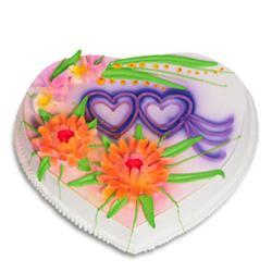 2 Kg Heart Shape Vanilla Cake