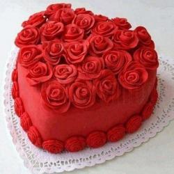 3D Roses Heart Shaped Cake