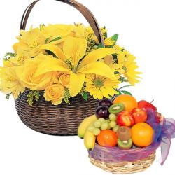4 Kg Fruit with Bright Flowers