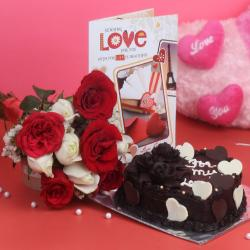 Adorable Love Combo of Roses and Cake
