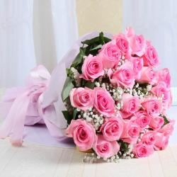 Alluring Pink Roses Bouquet Online