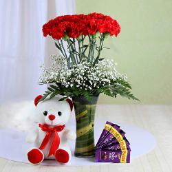Amazing Gift Hamper for Love Ones