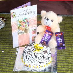 Anniversary Eggless Vanilla Cake with Greeting Card and Dairy Milk Chocolates
