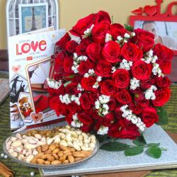 Assorted Dry Fruits with Red Roses Bouquet and Love Greeting Card