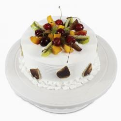 Attractive Fresh Fruit Cake