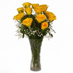 Attractive Vase of 12 Yellow Roses