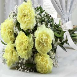 Bouquet of Six Yellow Carnations