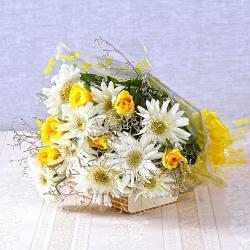 Bouquet of White Gerberas with Yellow Roses