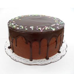 Cream Chocolate Frosting Cake