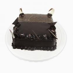 Dark Tempting Chocolate Cake
