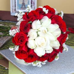 Exotic Fresh Red and White Roses Bouquet