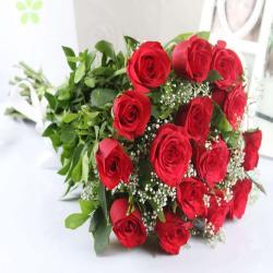 Fifteen Fresh Red Roses Bouquet