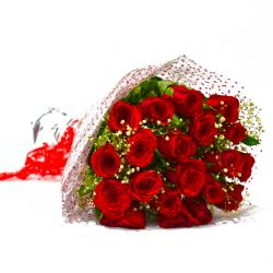 Fresh 25 Red Roses Hand Bunch