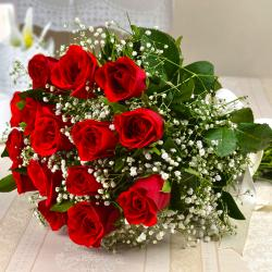 Fresh Fifteen Romantic Red Roses Bouquet
