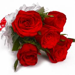 Full Bloom Six Red Roses Bouquet