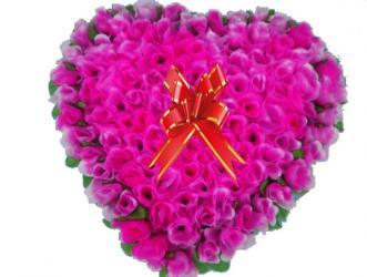 Heart Full of 121 Roses