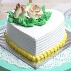 Heart Shape Vanilla Cake Online