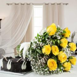Lovely Yellow Roses with Half Kg Chocolate Cake