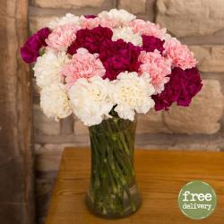 Multi shades of Carnation in Vase