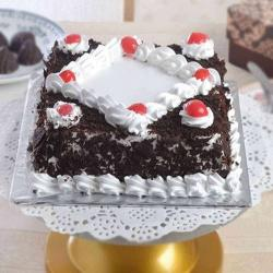 One Kg Square Shape Black Forest Cake Treat