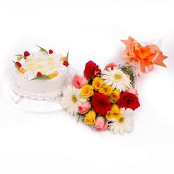 Pineapple Cake and Twenty Mix Flowers Bouquet