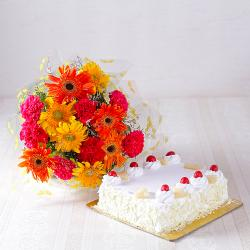 Pineapple Cake with Beautiful Mix Flowers Bouquet