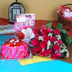 Pink Roses Bouquet with Strawberry Cake and Love Card