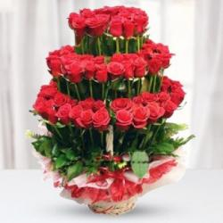 Red Roses Layer Arrangement