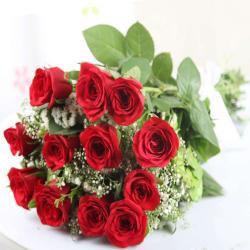Romantic Twelve Red Roses Bouquet