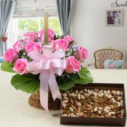 Roses Arrangement with Assorted Dry Fruits Box