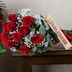 Roses with Chocolate Hamper