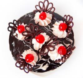 Round Black Forest Cake