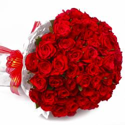 Round Bunch of 50 Red Roses