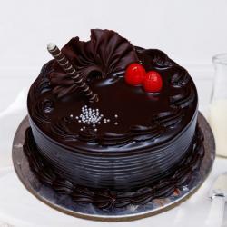 Round Shape Dark Chocolate Cake Online