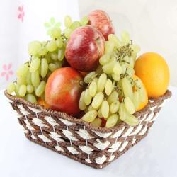 Seasonal Fresh Fruit Basket