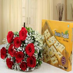 Soan Papdi Sweet Box with Roses Bouquet