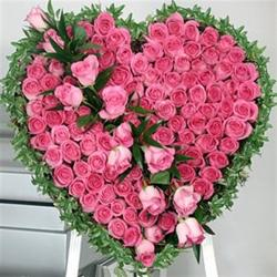 Spectacular Heart shap arrangement