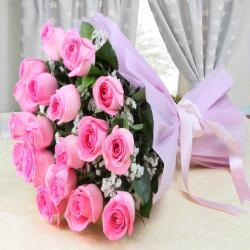 Splendid Pink Roses Bouquet