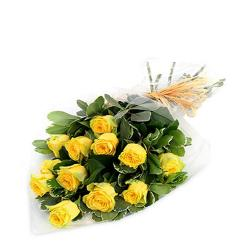 Sunny 12 Yellow Roses Bouquet