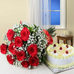 Ten Red Roses Bouquet with Half Kg Pineapple Cake