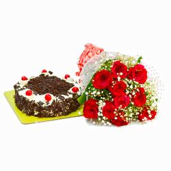 Ten Red Roses Bunch with Half Kg Black Forest Cake