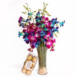 Vase Arrangment of Mix Orchids and 16 pcs Ferrero Rocher Box