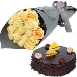 Yellow Roses With Dark Chocolate Cake