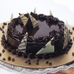 Yummy Chocolate Cake Online
