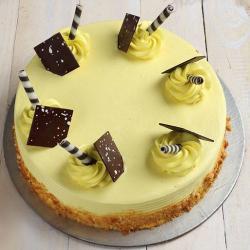 Butterscotch Fresh Cream Cake
