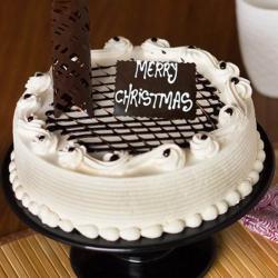 Christmas Strawberry Cake