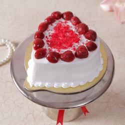 Eggless Heart Shape Strawberry Cake for Surendranagar